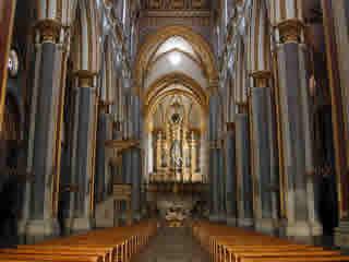 interno chiesa di san domenico